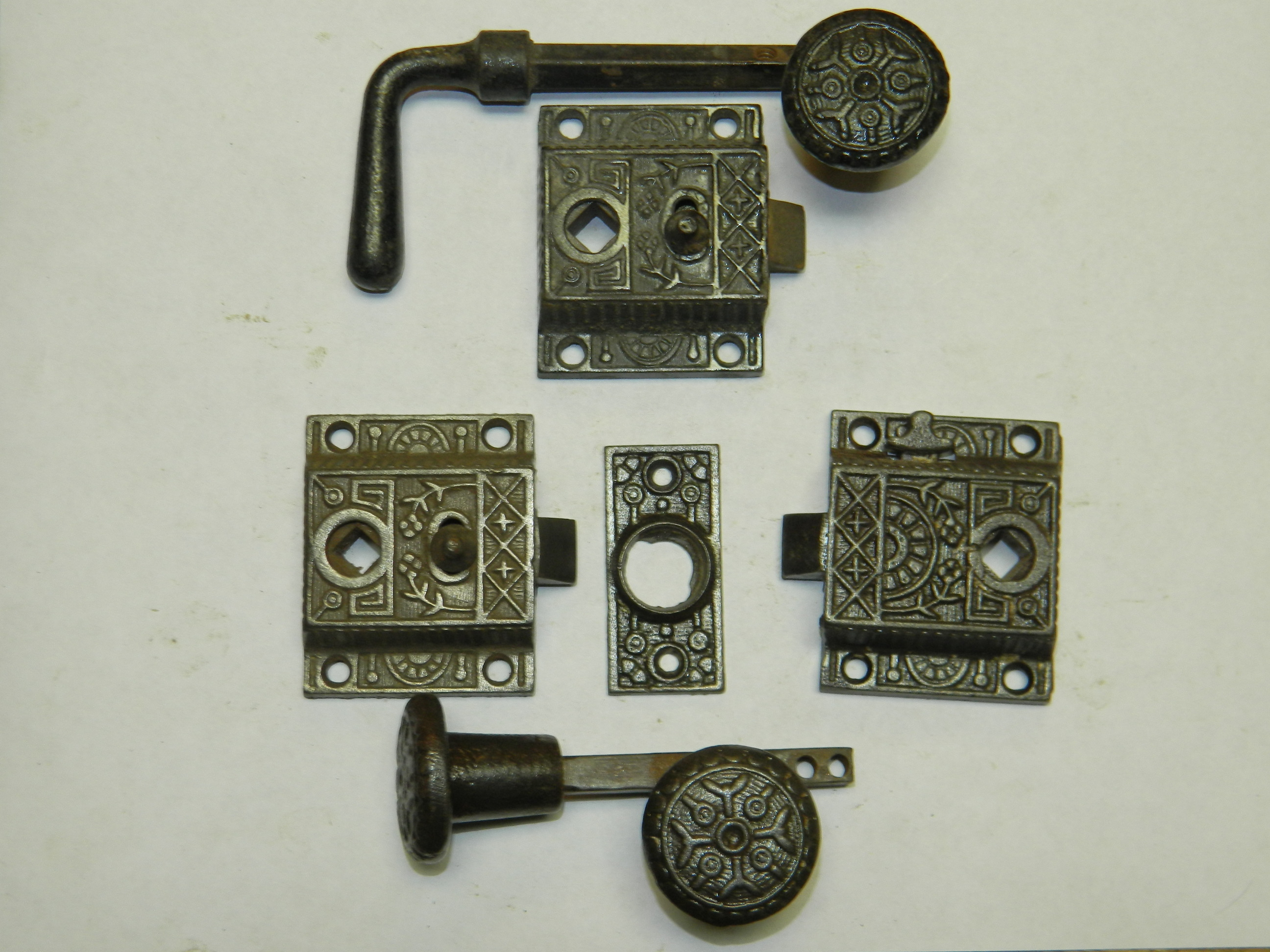 Robinsons Antique Hardware Screen Door Latches