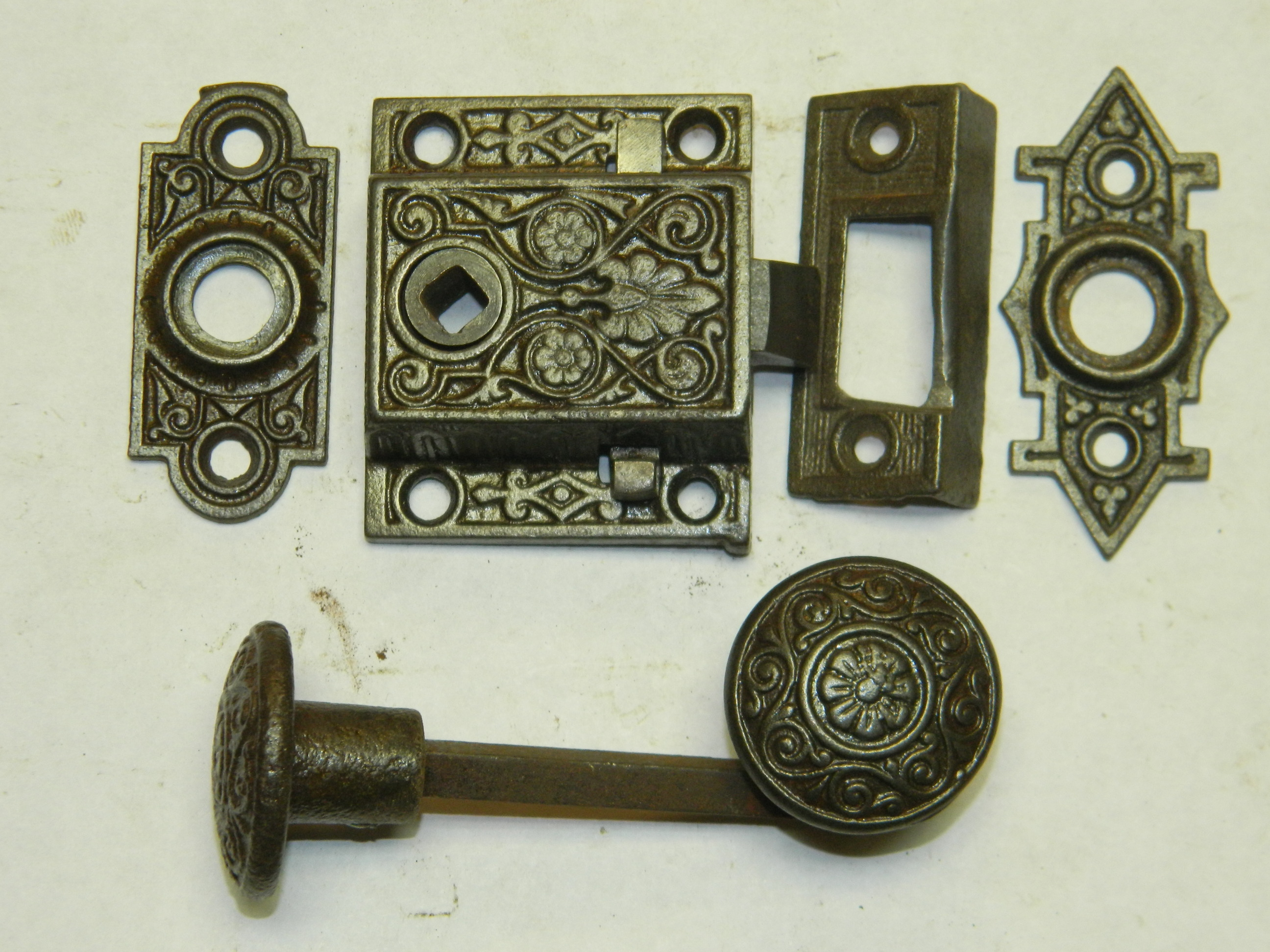 Antique Restoration Hardware Item #SCREEN DOOR LATCH 6