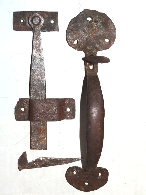 Robinson S Antique Hardware Early Suffolk Thumb Latches
