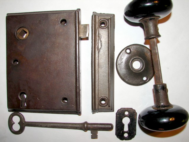 Antique Restoration Hardware, early-rim-lock-18 ... - Antique Door Hardware. - Rim Locks Pre 1865