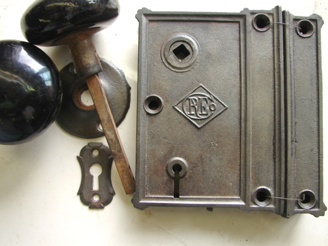 Item #RL15 · Antique Restoration Hardware - Robinson's Antique Hardware - Early Rim Locks