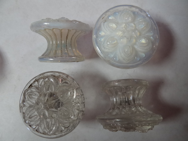 Robinson 39 s antique hardware sandwich glass knobs Glass furniture pulls