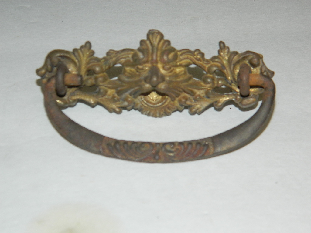 Item #SP1, Antique Drawer Pulls